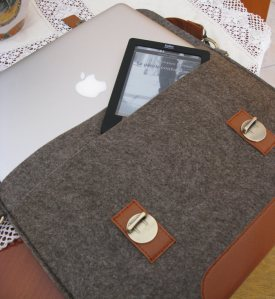 MacBook, Kobo Touch e borsa